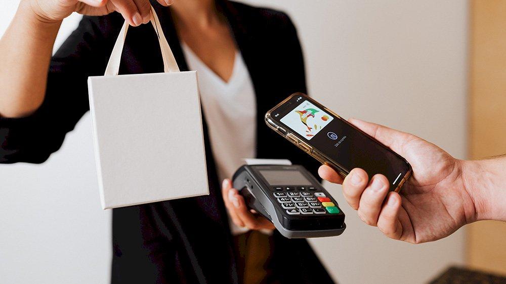Shopping online, ampia scelta o selezione curata